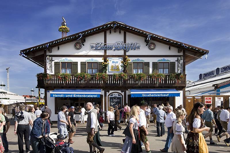 Zelte Zum Oktoberfest : Zum stiftl oktoberfest